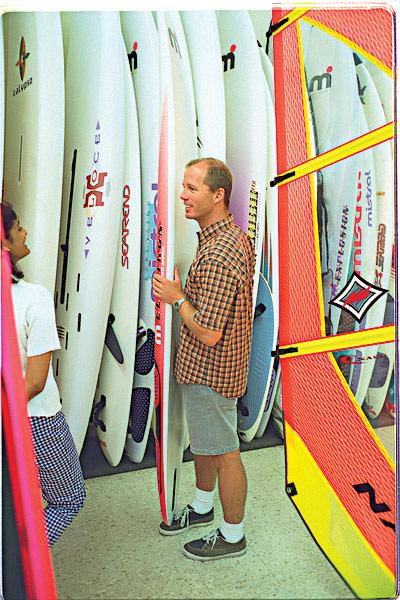 american_windsurfer-4.3-flame_keeper_PAUL-W_BOARD