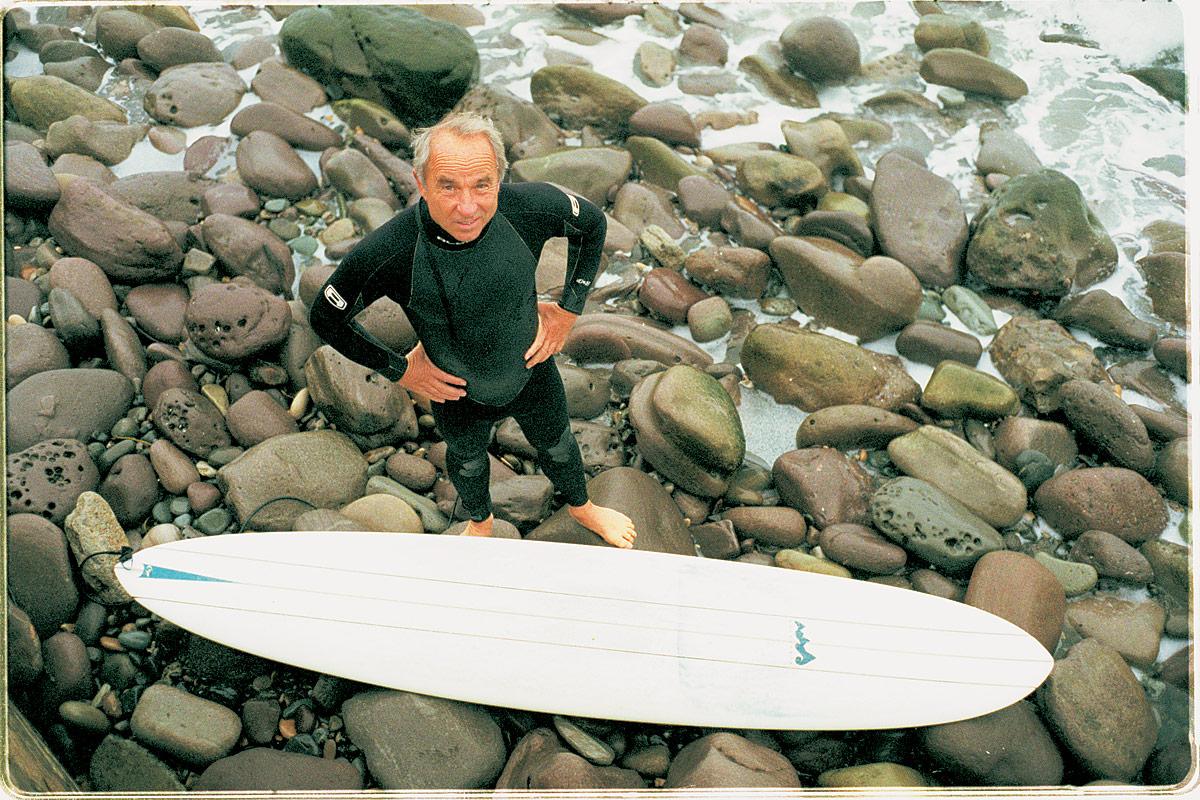 american_windsurfer_5.5_inventor_yevon_chinard_surf-beach
