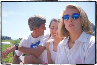 american_windsurfer_5.5_john_kerry_daughters-s