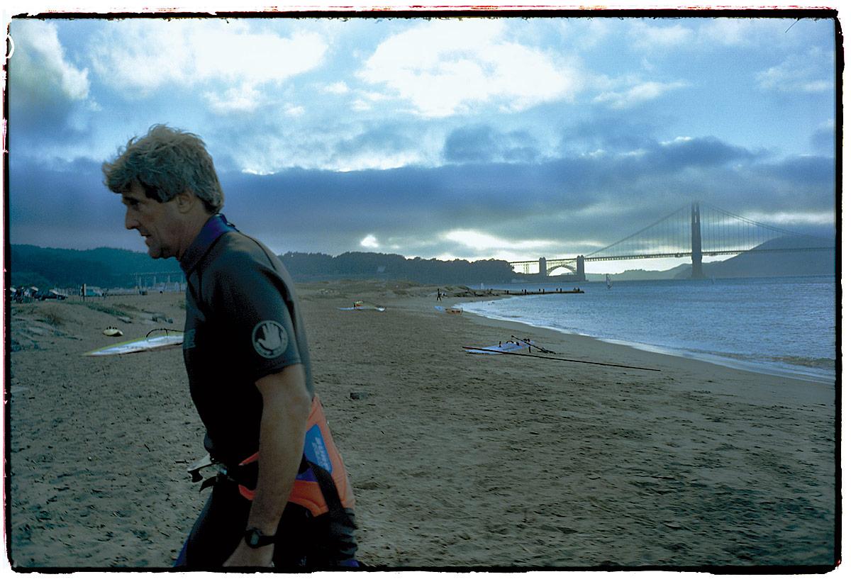 american_windsurfer_5.5_john_kerry_sf-beach-ss