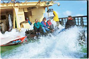 american_windsurfer_6.1_TAWR_craft-family2-s